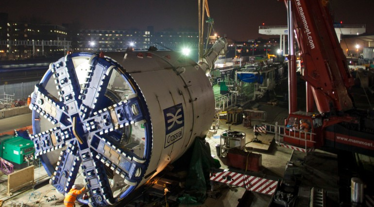 Crossrail Tunnel Boring Machine - cutterhead being installed at Westbourne Park_ 31 January 2012_191