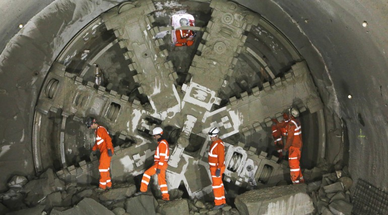 10 Crossrail tunnelling machine Elizabeth breaks through into Farringdon May 2015_196754