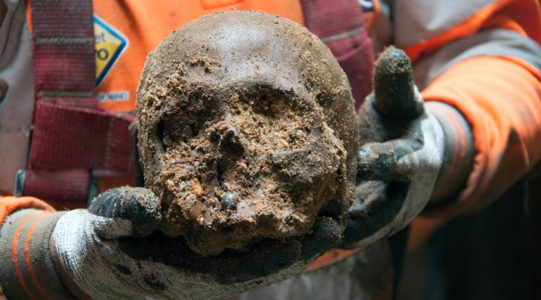 102019_Roman skull found at Liverpool Street ticket hall