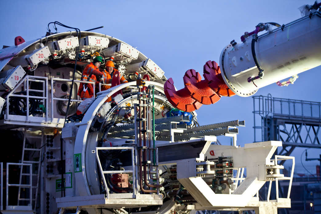 Screw conveyor of first Crossrail tunnelling machine installed, January 2012