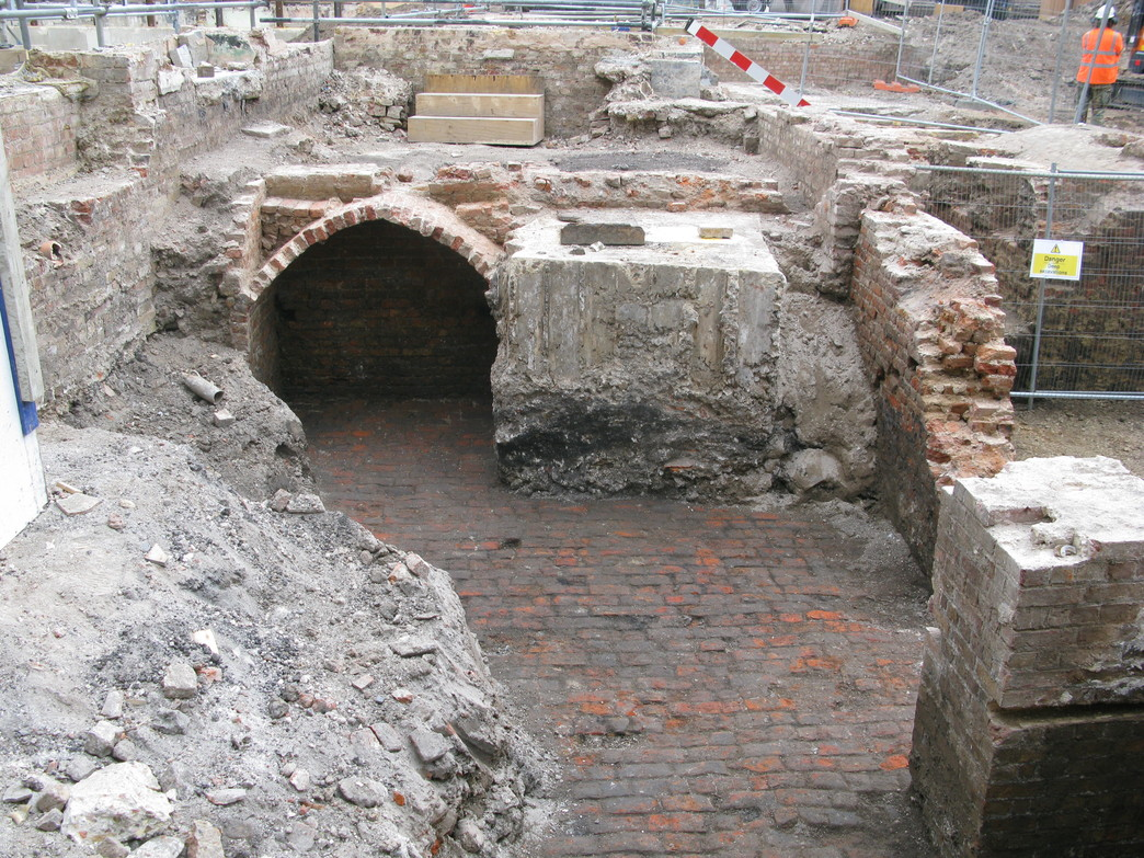 Tottenham Court Road eastern ticket hall - Goslett Yard archaeology under Crosse and Blackwell site