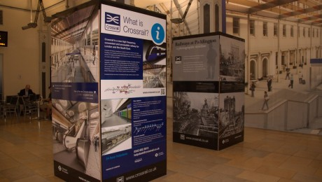 Paddington�s clock arch transformed into a Crossrail information point