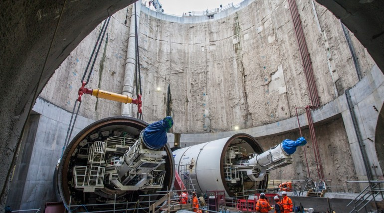 Crossrail TBM Victoria lowered into the shaft at Limmo 27 October 2012