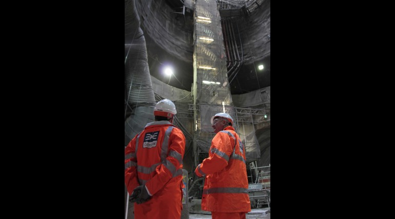 5_John Hayes MP with Sir Terry Morgan at Crossrail Liverpool Street site_251188