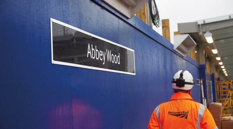 Abbey Wood platform _227783