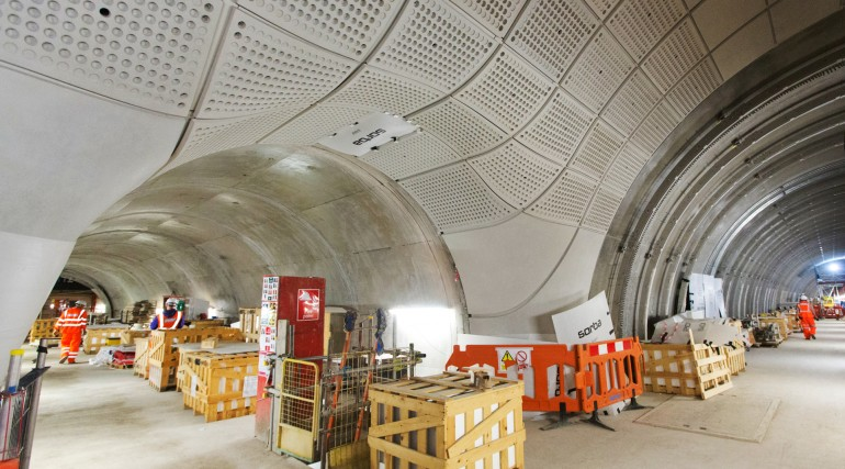 Glass-fibre reinforced concrete panels installed at Farringdon station_248076