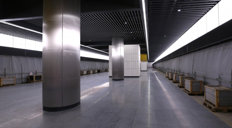 Canary Wharf Crossrail station platform level September 2015_206499