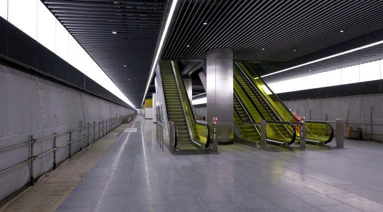 Canary Wharf Crossrail station platform level September 2015_206510