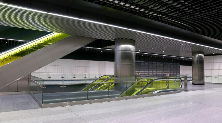 Canary Wharf Crossrail station ticket hall level September 2015_206479