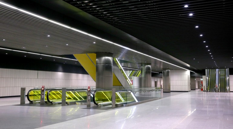 Canary Wharf Crossrail station ticket hall level September 2015_206492