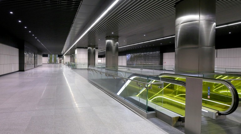Canary Wharf Crossrail station ticket hall level September 2015_206496