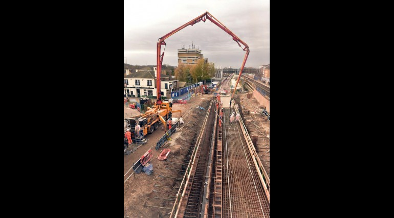 Concrete pour for new platform at Abbey Wood station_218127