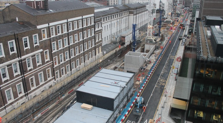 Crossrail Construction Workers put the finishing touches to Eastbourne Terrace _124365