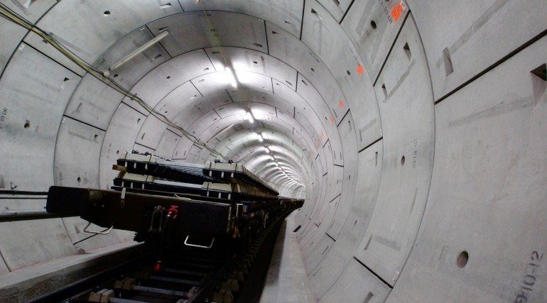 Crossrail sleepers transported into the tunnels by construction trains_214829