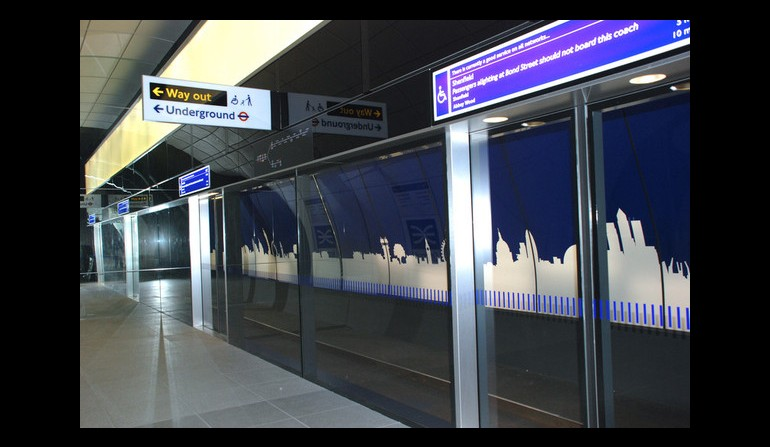 Crossrail mock-up platform - platform edge screen