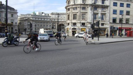 Cycle safety boosted as first 1,000 Crossrail lorry drivers complete road safety awareness training