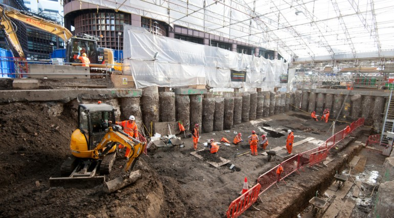 Excavation of Broadgate ticket hall at Liverpool Street April 2015_194338