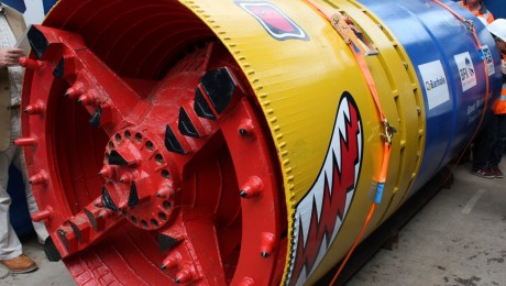Mini Crossrail tunnelling machine starts new sewer