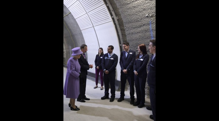 Her Majesty the Queen visits the under-construction Crossrail station at Bond Street_227834