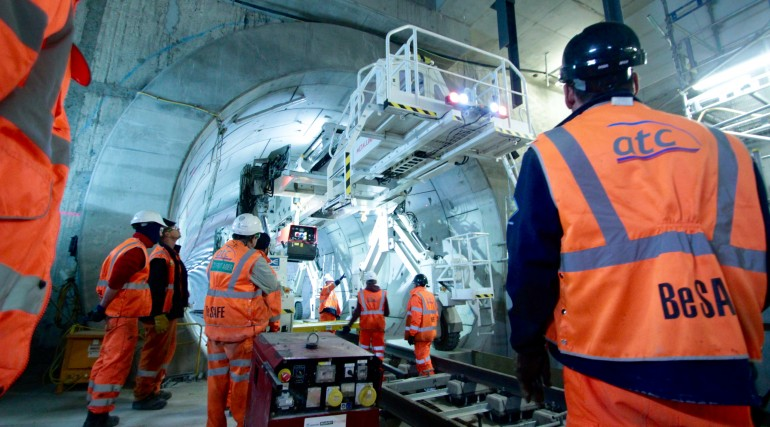 Multi-purpose gantry in use in Crossrail Thames Tunnel near Woolwich station_212873