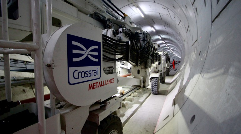 Multi-purpose gantry in use in Crossrail Thames Tunnel_212856