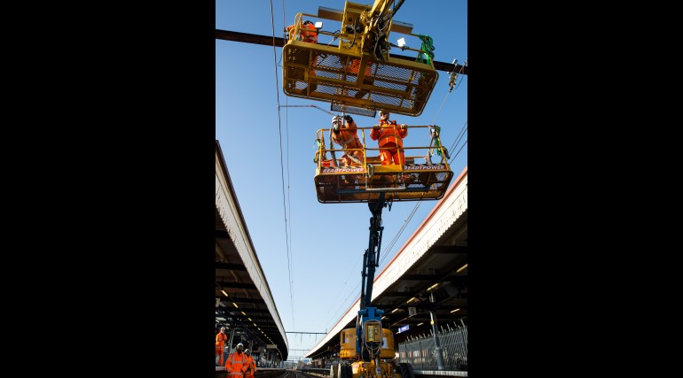 Overhead line installation works at Romford_218218