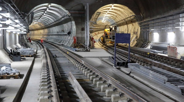 Permanent Elizabeth line track installed at Stepney Green cavern_280609