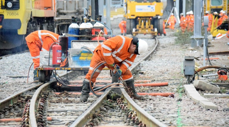 Rail cutting at Old Oak Common_218142