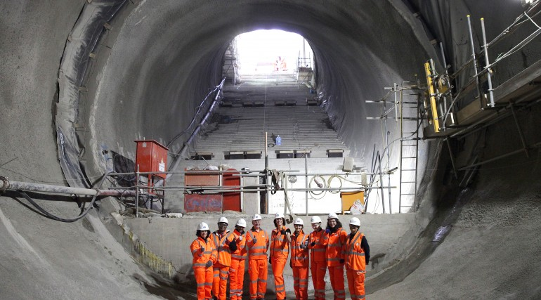 Rail Minister Claire Perry MP meets women working on Crossrail_211983