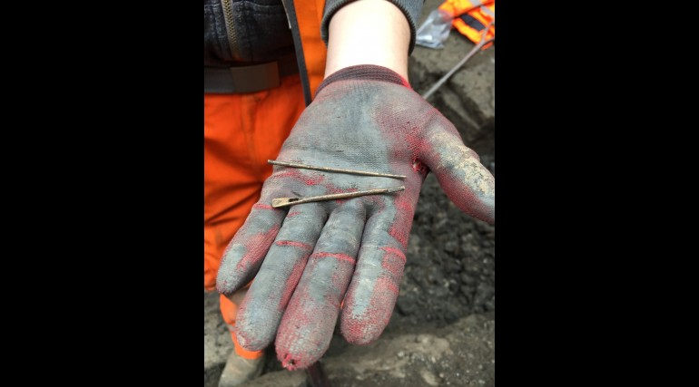 Roman period long needle uncovered at Crossrail Liverpool Street station ticket hall April 2015_1951