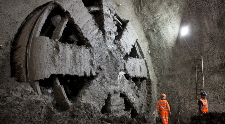 TBM Elizabeth breaks through into Stepney Green cavern, November 2013_109907