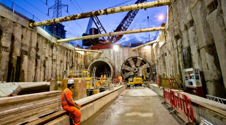TBM Ellie breaks through in Victoria Dock Portal October 2014_162552