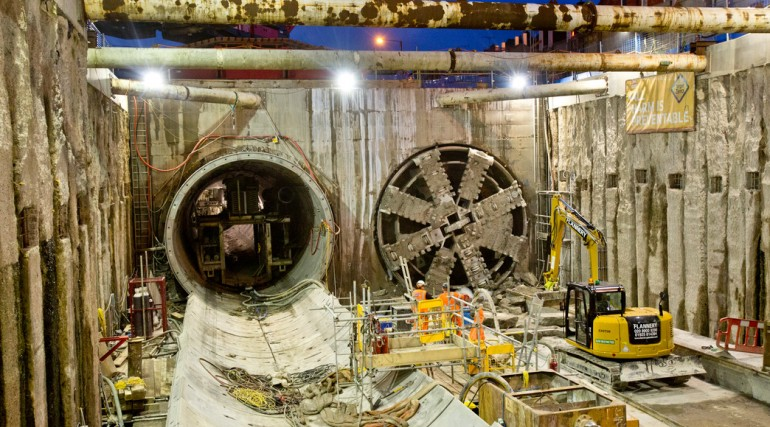 TBM Ellie breaks through in Victoria Dock Portal October 2014_162559