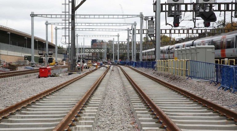 Turnback tracks and gantry portals installed at Westbourne Park_292618