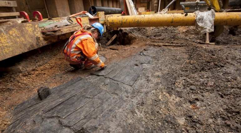 Two Roman doors uncovered at Liverpool Street Broadgate worksite_110184