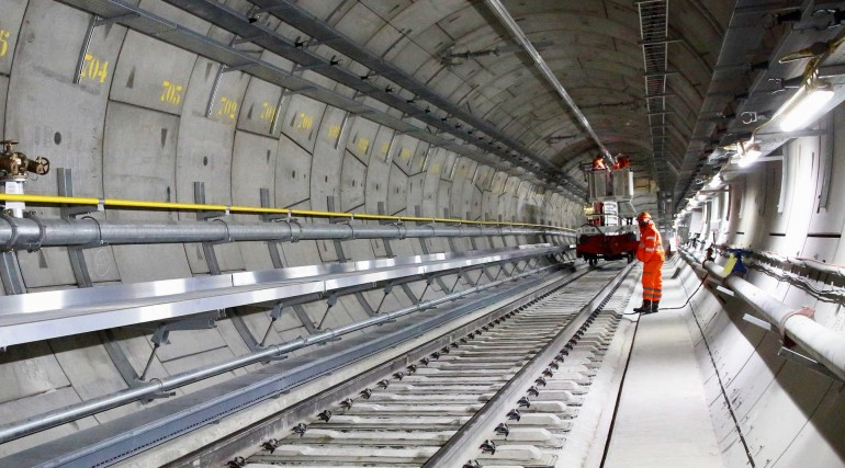Overhead Voltage Tester : Crossrail project quarterly update